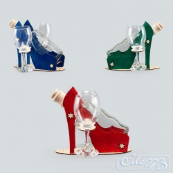 High heel - a wine carafe with glasses